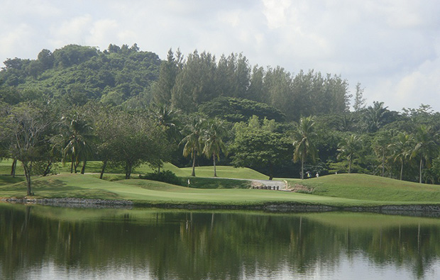 green at khao kheow country club, pattaya, thailand