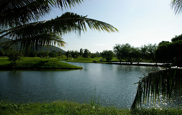 lake, emerald golf club, pattaya, thailand