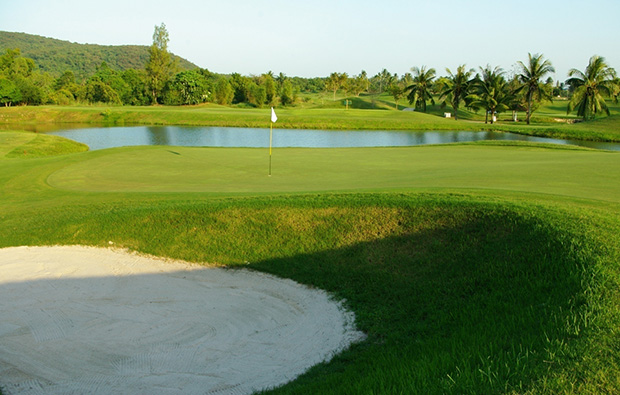 another green, emerald golf club, pattaya, thailand
